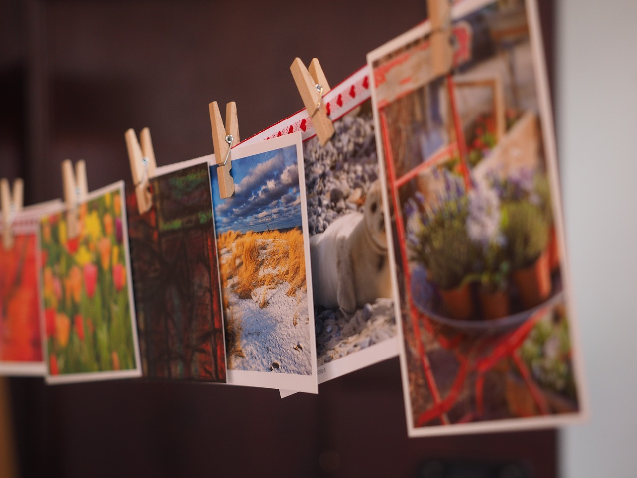 postcards-1174179_1280