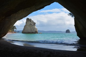 cathedral-cove-1592274_1280
