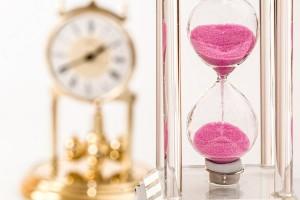 hourglass-1703330_1280